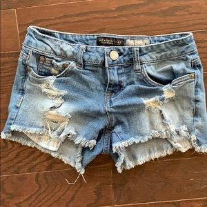 Aeropostale ripped regular waist denim shorts